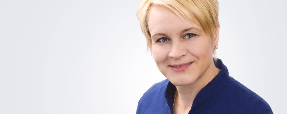 Asiakaspalvelupäällikkö Anne Viitanen työskentelee pääsääntöisesti Tampereen Medilaserissa.