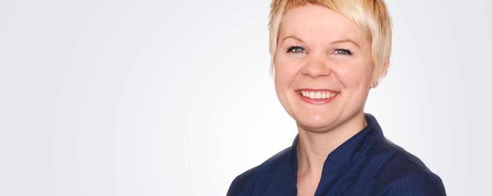 Optikko Hilkka Pirskanen työskentelee pääsääntöisesti Kuopion Medilaserissa.