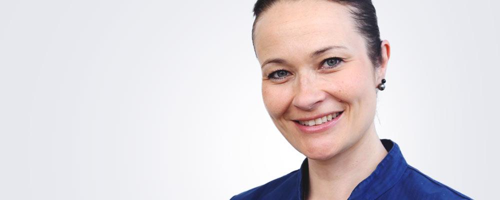 Sairaanhoitaja Johanna Koski työskentelee pääsääntöisesti Hämeenlinnan Medilaserissa.