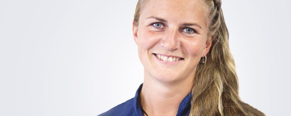 Sairaanhoitaja Katariina Kiuru työskentelee pääsääntöisesti Tampereen Medilaserissa.