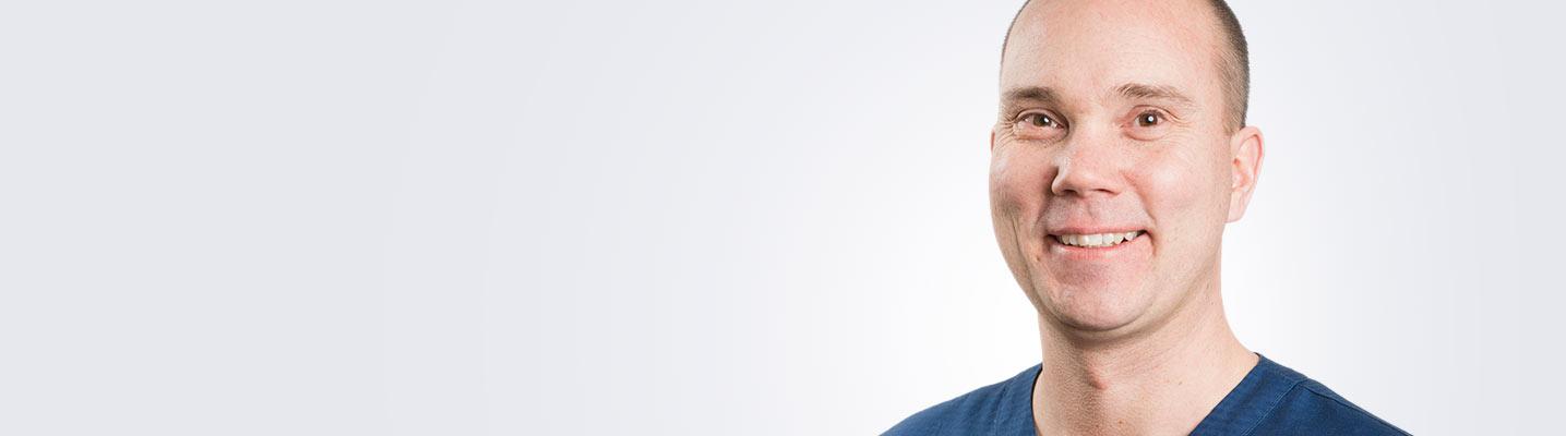 Silmätautien erikoislääkäri, silmäkirurgian pätevyyden omaava Kimmo Koskela toimii Vantaan, Espoon ja Turun Medilaserissa.