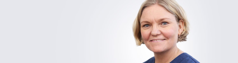 Silmätautien erikoislääkäri, silmäkirurgian erityispätevyyden omaava Marianne Ala-Kauhaluoma työskentelee Hämeenlinnan Medilaserissa.