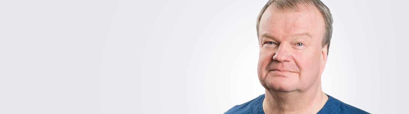 Silmätautien erikoislääkäri, silmäkirurgian erityispätevyyden omaava Tapio Kannisto työskentelee Kuopion Medilaserissa.