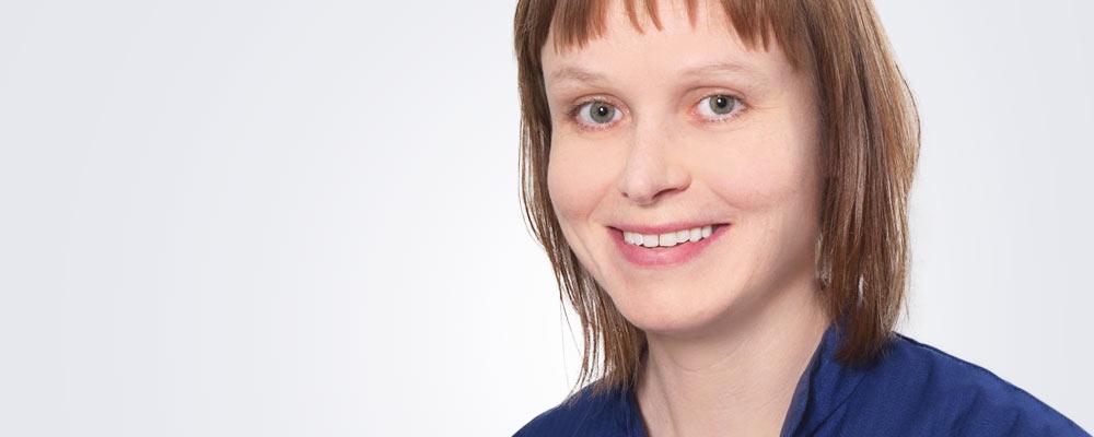 Sairaanhoitaja Taru Aaltonen työskentelee pääsääntöisesti Turun Medilaserissa.