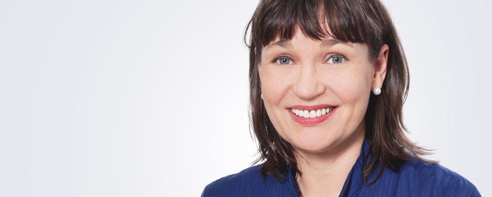 Sairaanhoitaja Tiina Järvenpää työskentelee pääsääntöisesti Turun Medilaserissa.